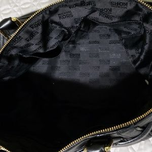 Michael Kors Bags - Michael Kors handbag like new
